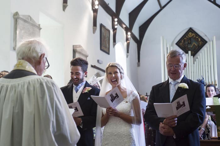 a-relaxed-summer-countryside-wedding-in-suffolk-17