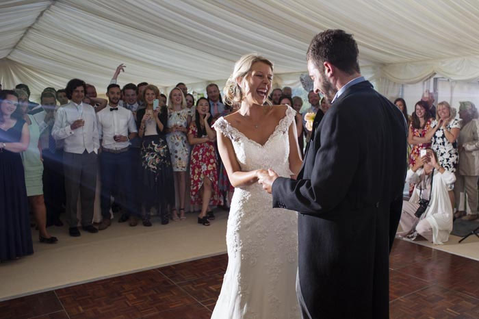 a-relaxed-summer-countryside-wedding-in-suffolk-26