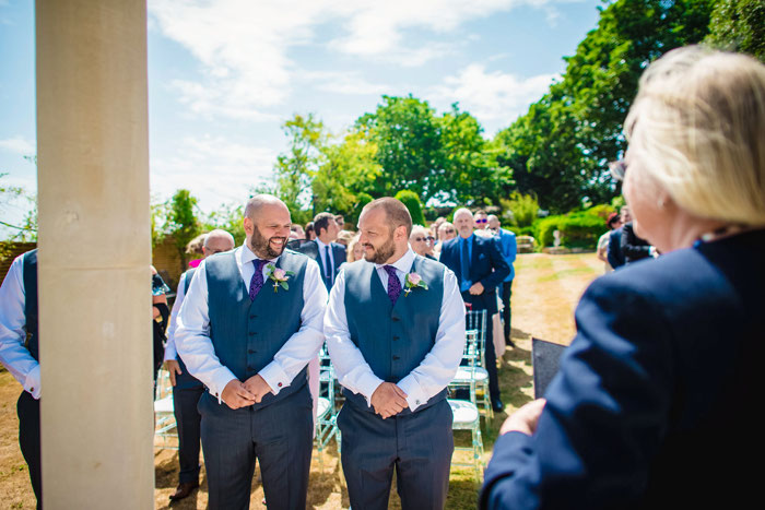 sunshine-filled-castle-wedding-in-dover-12