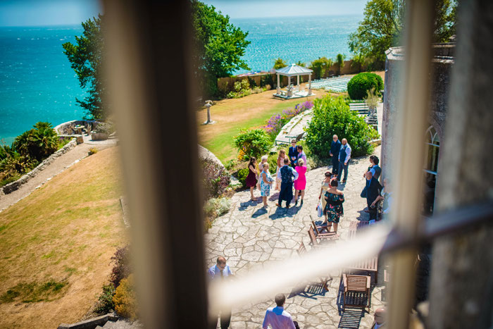 sunshine-filled-castle-wedding-in-dover-17