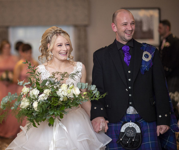 fairytale-castle-winter-wedding-in-scotland-23