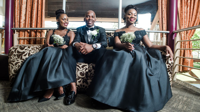 a-black-and-white-wedding-in-botswana-14