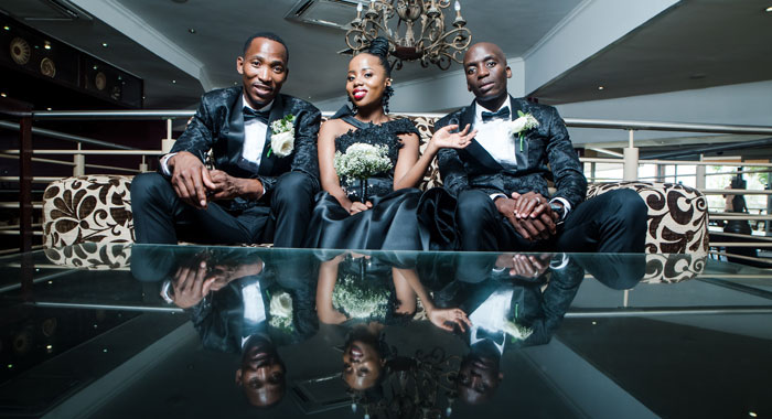 a-black-and-white-wedding-in-botswana-15