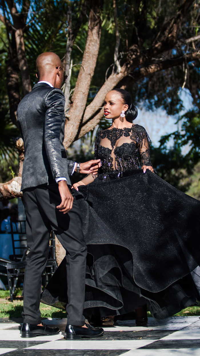 a-black-and-white-wedding-in-botswana-20