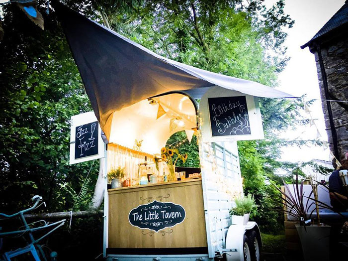 mobile-bars-and-caterers-in-the-south-west-cotswolds-5