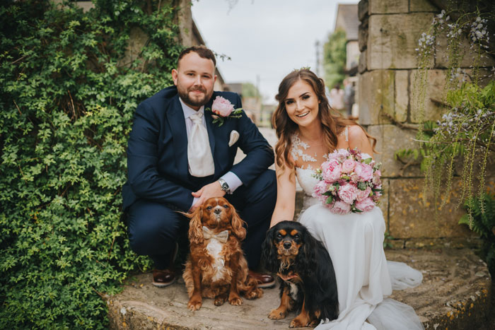 eleven-adorable-pets-at-weddings-2