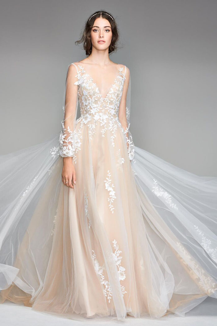 how-to-find-your-dream-wedding-dress-in-norfolk-2
