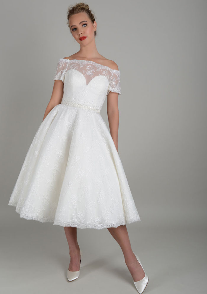 how-to-find-your-dream-wedding-dress-in-norfolk-4