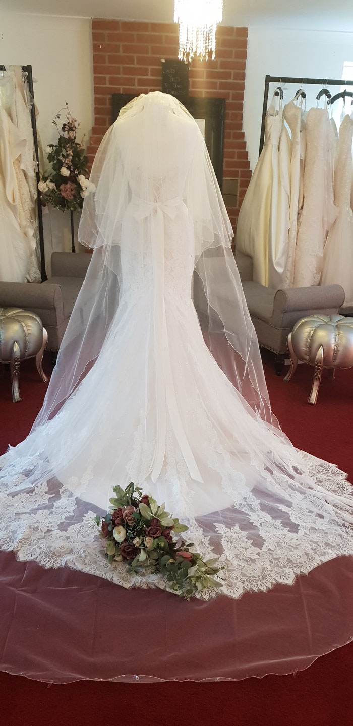 how-to-find-your-dream-wedding-dress-in-norfolk-8