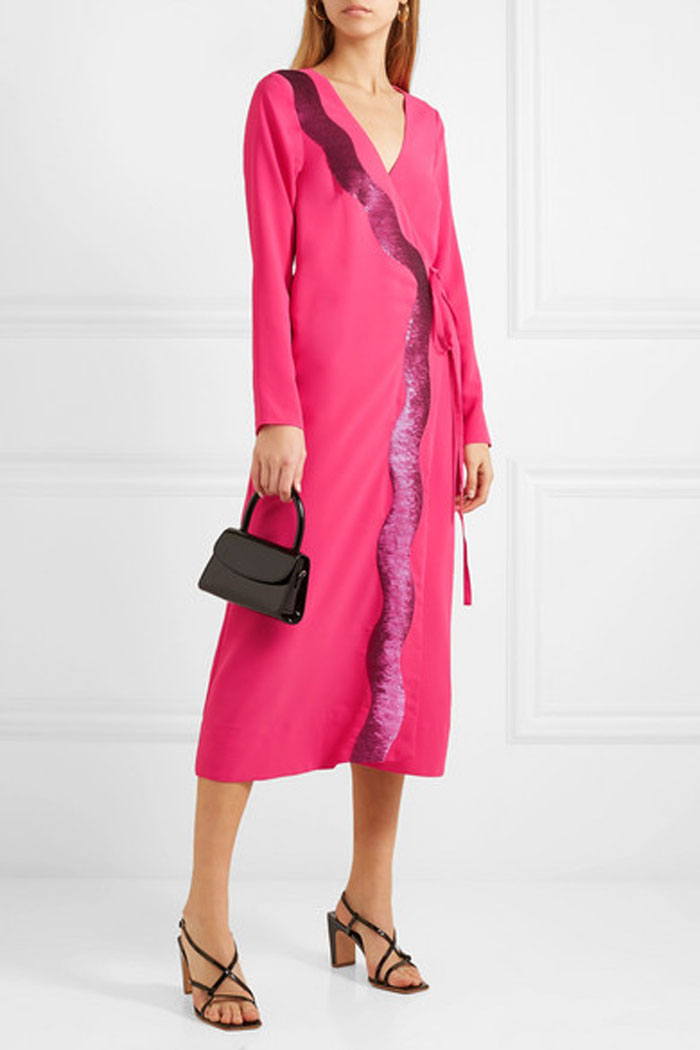 pink-wedding-guest-outfit-10