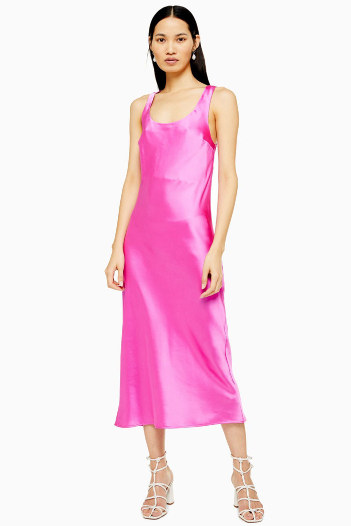 pink-wedding-guest-outfit-12