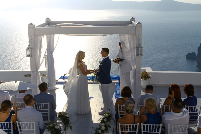 a-blue-and-white-destination-wedding-in-santorini-3