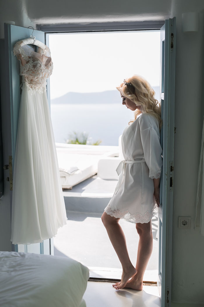 a-blue-and-white-destination-wedding-in-santorini-6