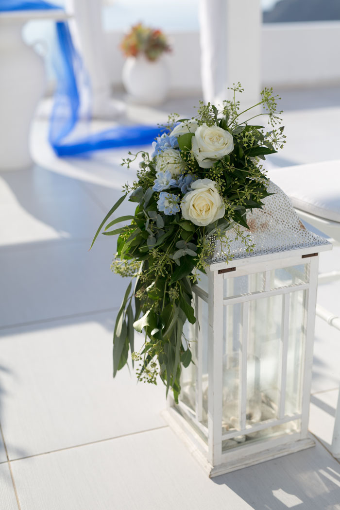 a-blue-and-white-destination-wedding-in-santorini-14