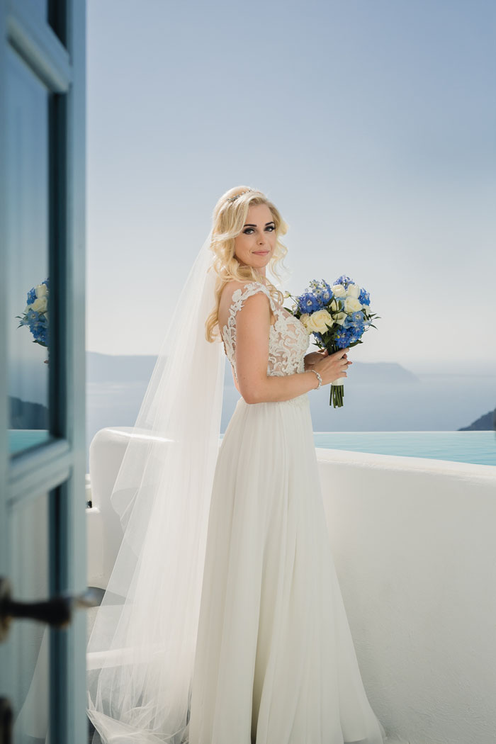 a-blue-and-white-destination-wedding-in-santorini-16