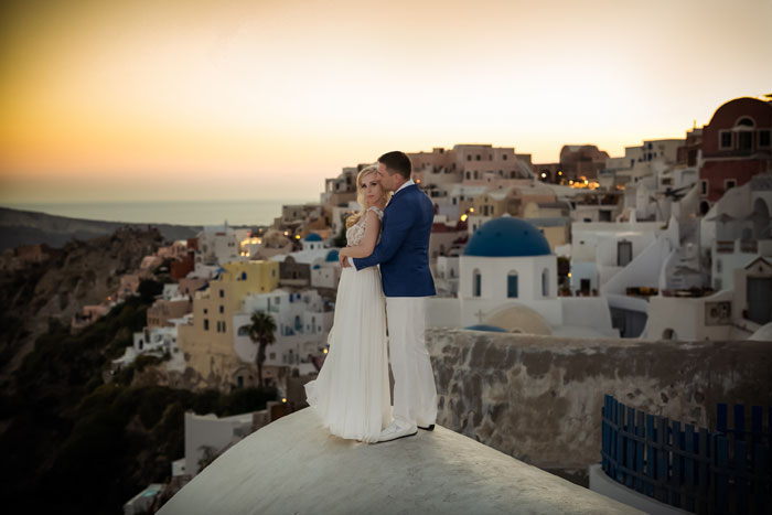 a-blue-and-white-destination-wedding-in-santorini-29