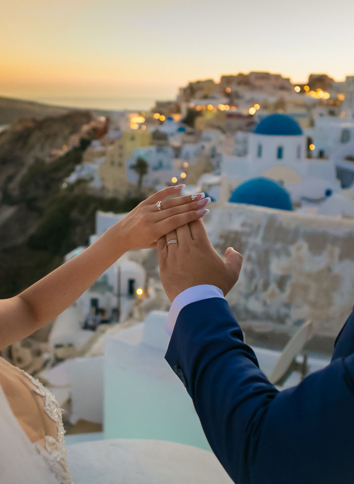 a-blue-and-white-destination-wedding-in-santorini-30