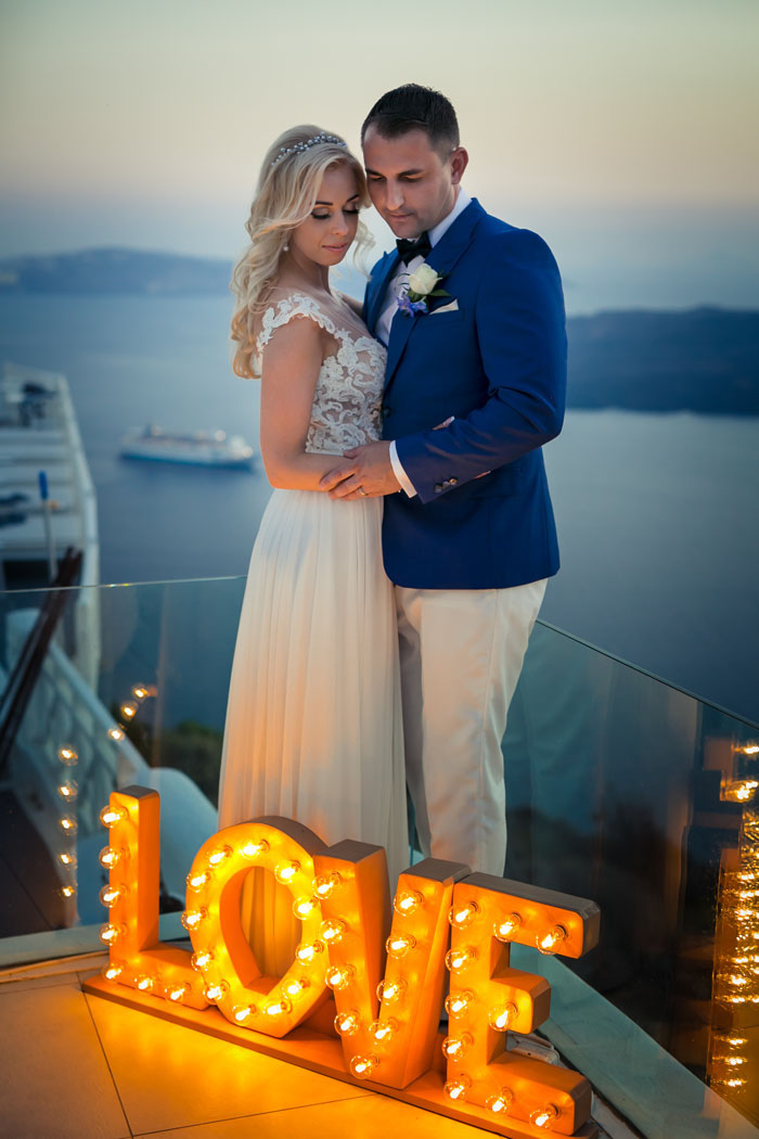 a-blue-and-white-destination-wedding-in-santorini-38
