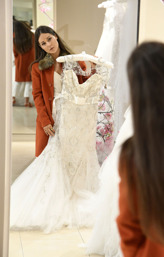 made-in-chelsea-louise-thompson-spotted-wedding-dress-shopping-4