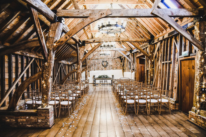 a-modern-barn-wedding-bassmead-cambridgeshire-52