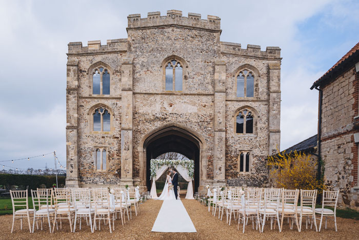 an-outdoor-fairytale-wedding-shoot-at-pentney-abbey-4
