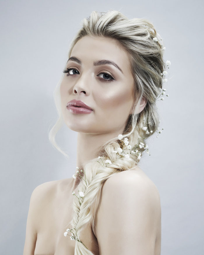 hair-accessories-for-a-statement-wedding-look-4