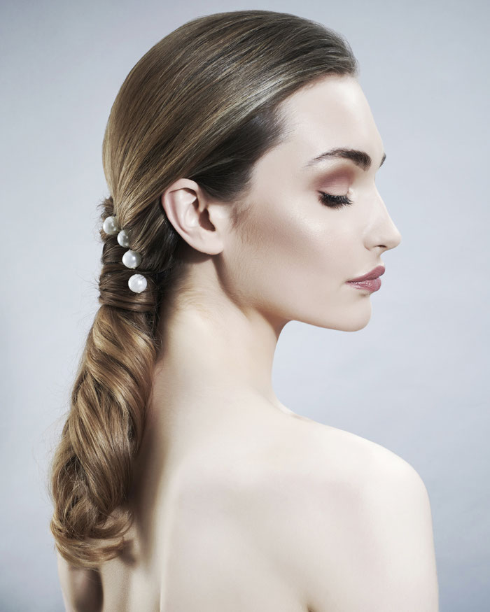 hair-accessories-for-a-statement-wedding-look-7
