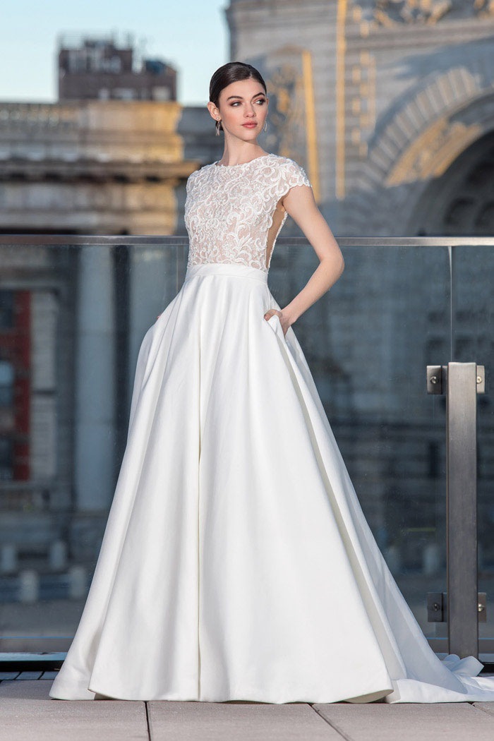 21-wedding-dresses-with-pockets-2