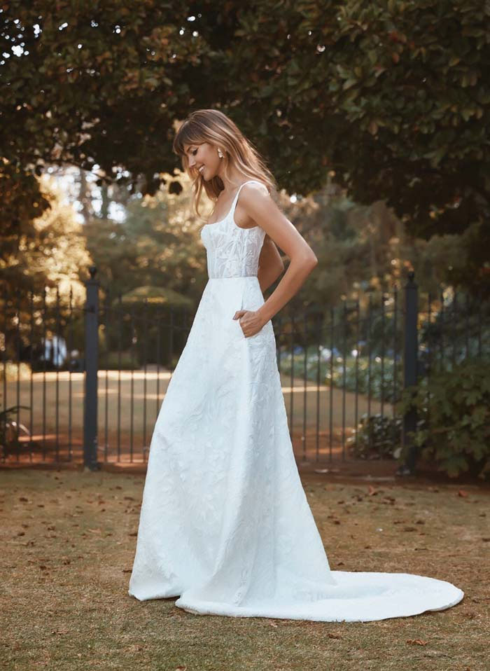 21-wedding-dresses-with-pockets-15