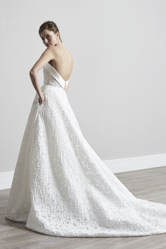 21-wedding-dresses-with-pockets-20