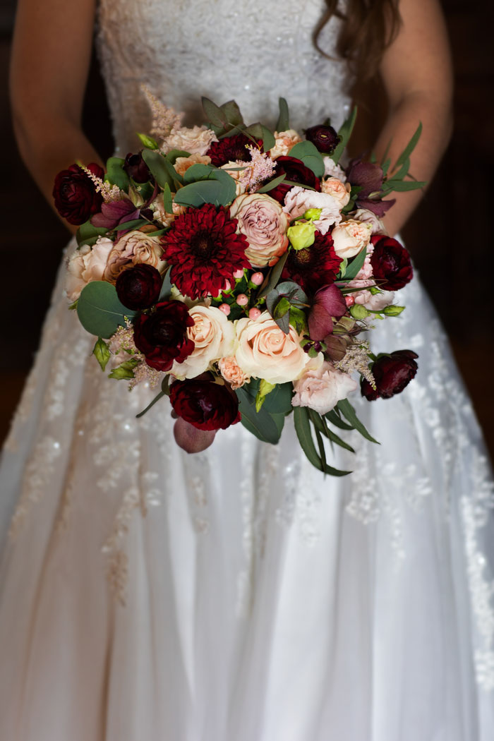 deep-and-rich-colours-combine-in-this-surrey-wedding-shoot-7