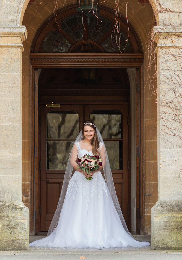 deep-and-rich-colours-combine-in-this-surrey-wedding-shoot-12
