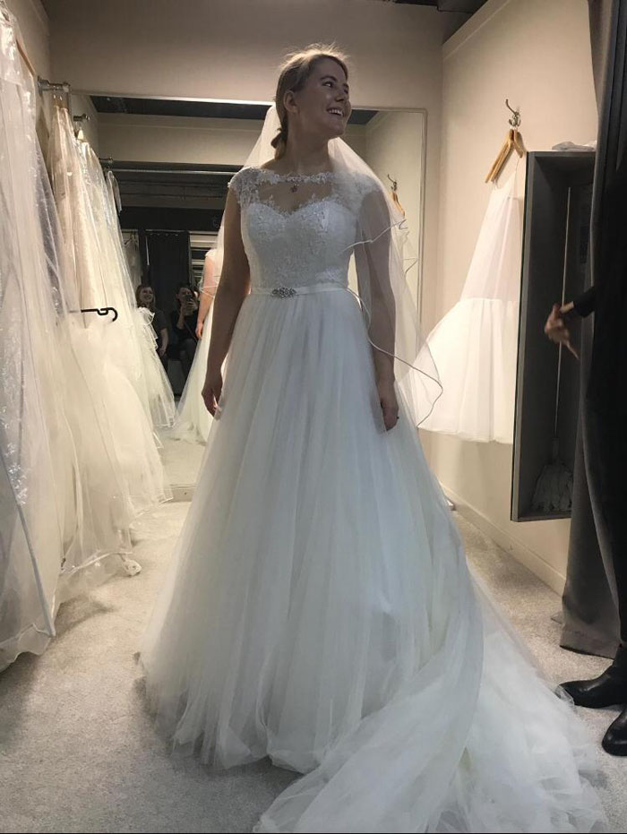 my-wedding-dress-caused-stress-anxiety-and-my-first-panic-attack-9