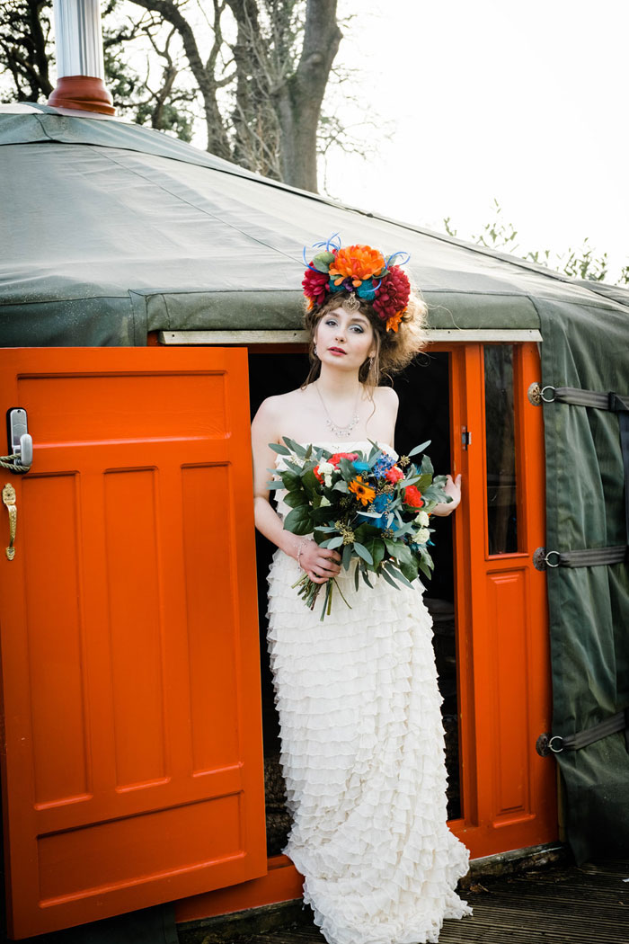 a-rock-chick-festival-wedding-shoot-in-cornwall-2