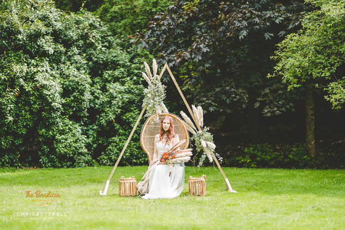 a-queen-boudicca-bridal-shoot-in-norfolk-14