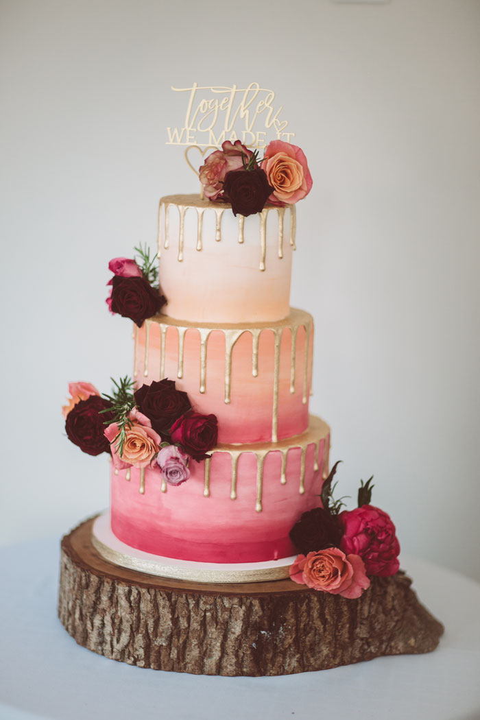 take-your-pick-from-these-couples-wedding-cakes-3