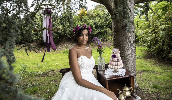 a-rich-and-luxurious-wedding-shoot-in-bedfordshire-18