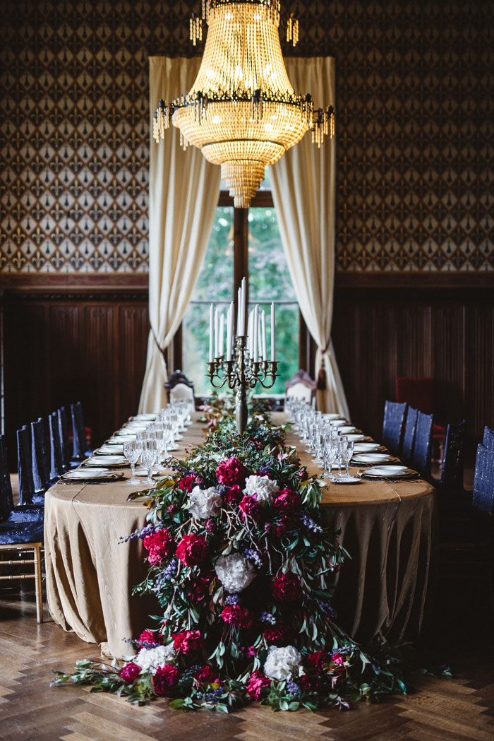blue-wedding-colour-inspiration-in-a-french-chateau-10