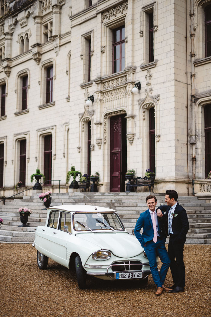 blue-wedding-colour-inspiration-in-a-french-chateau-18