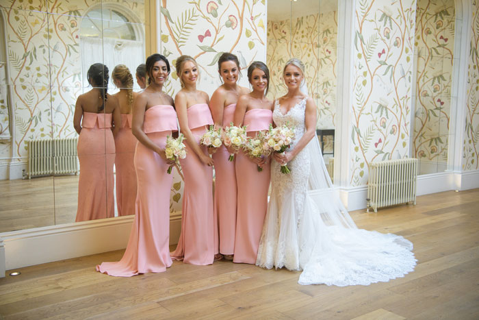 a-classic-spring-wedding-at-braxted-park-essex-18