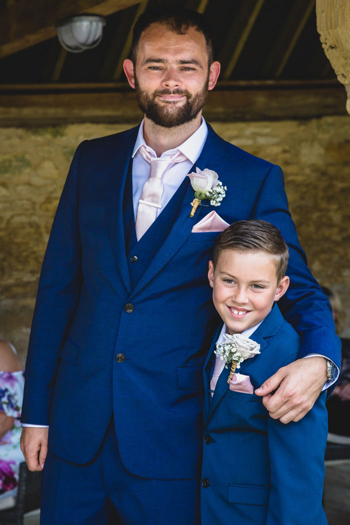 a-summer-wedding-in-the-cotswolds-filled-with-fun-8