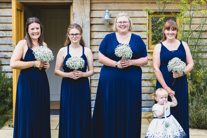 a-summer-wedding-in-the-cotswolds-filled-with-fun-10