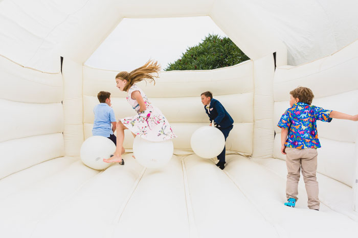 a-summer-wedding-in-the-cotswolds-filled-with-fun-40