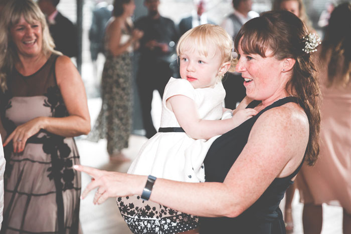 a-summer-wedding-in-the-cotswolds-filled-with-fun-45