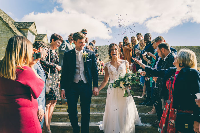 a-foliage-filled-cotswold-wedding-15