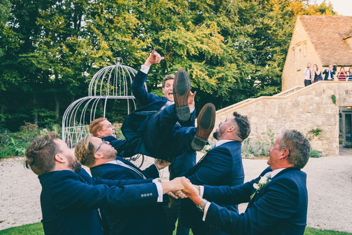 a-foliage-filled-cotswold-wedding-26