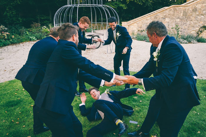 a-foliage-filled-cotswold-wedding-27
