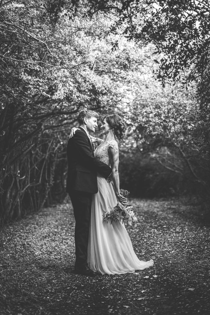 a-foliage-filled-cotswold-wedding-29