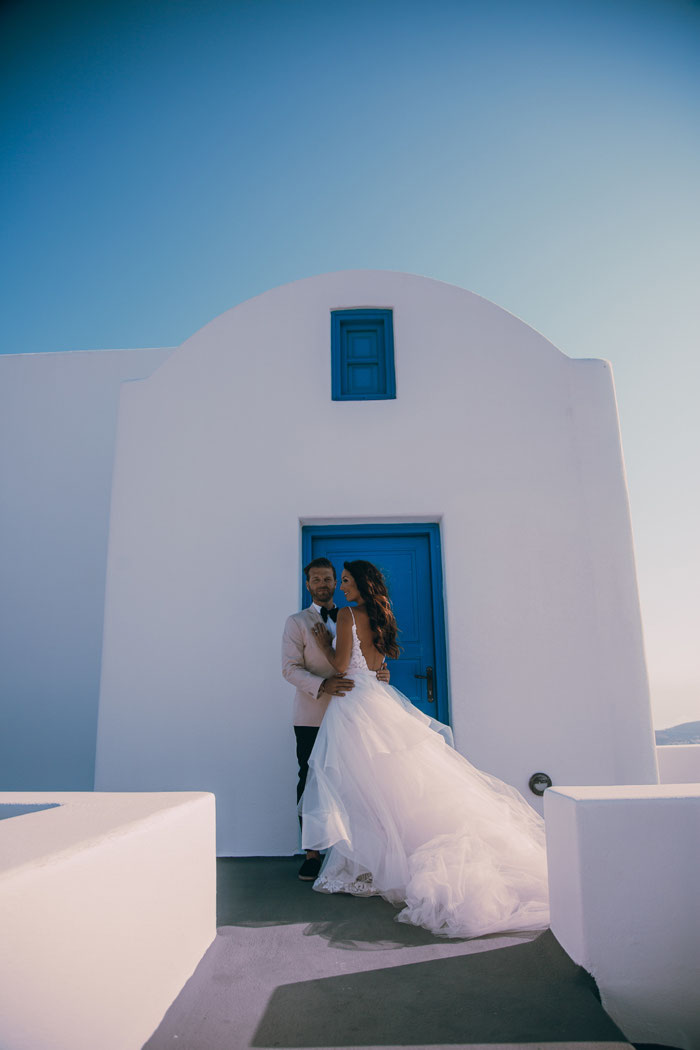 an-ivory-and-blush-wedding-in-santorini-3