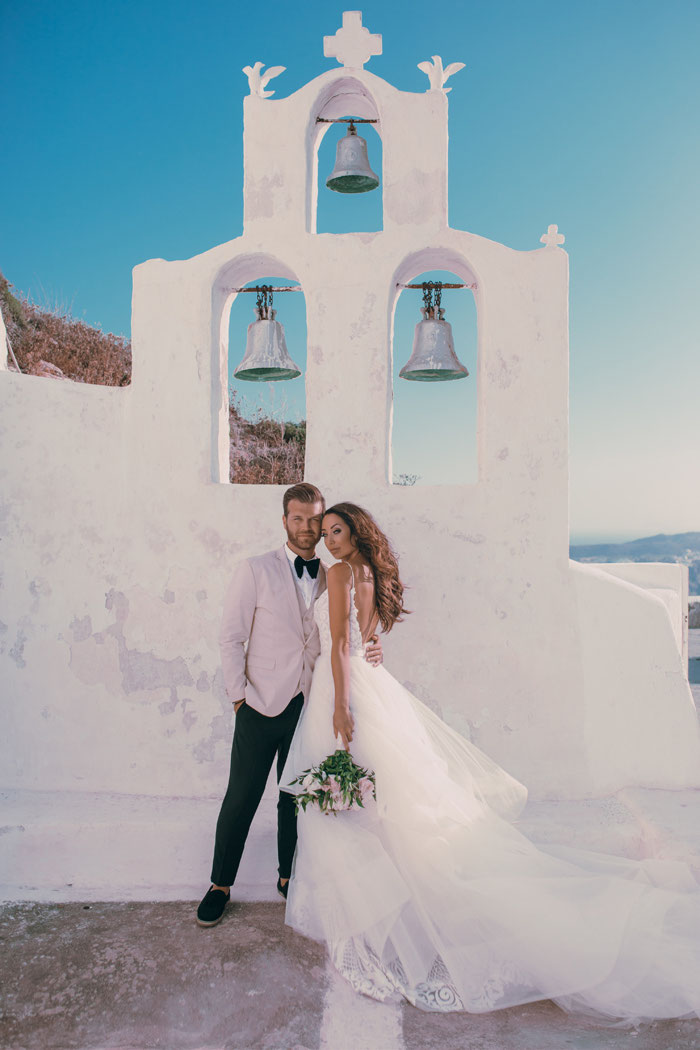 an-ivory-and-blush-wedding-in-santorini-8